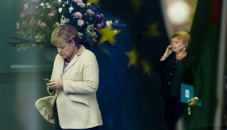 Merkel'den Türkiye'ye yeni uyarı