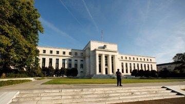 Fed 2017'de bir faiz artışı sinyali verdi