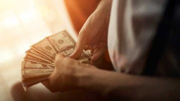 Dolar cinsinden borçlanma durdurulamıyor