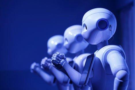İşimizi robotlara kaptırmamanın iki yolu var