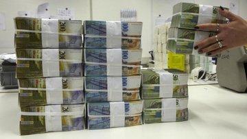 Trilyon dolarlık fonlar dolar rallisine inanmıyor