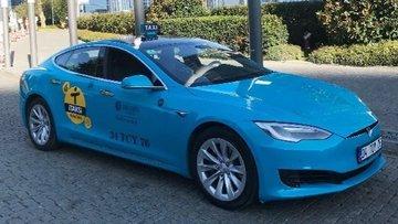 Taksicilerden Uber rekabetine 'Tesla'lı çözüm