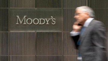 Moody's İtalya'nın kredi notunu korudu