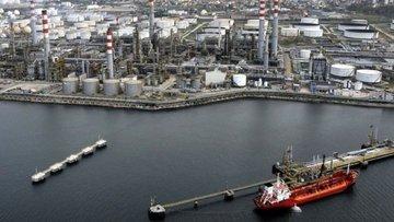 Tüpraş 700 milyon dolar borçlandı