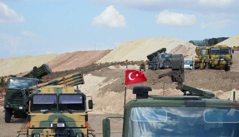 100'den fazla Türk askeri İdlib'e girdi