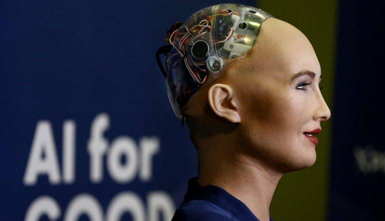 Sophia isimli robot S. Arabistan vatandaşı oldu