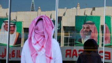 Suudi Arabistan'da para dışarıya kaçmaya başladı