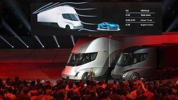 Elon Musk'ın yeni TIR'ı ve Steve Jobs-vari sürprizi