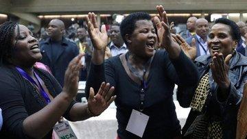 Zimbabve'de bir devir kapandı