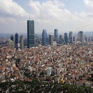 İSTANBUL'DA 300 BİN YENİ KONUT SATILMAYI BEKLİYOR