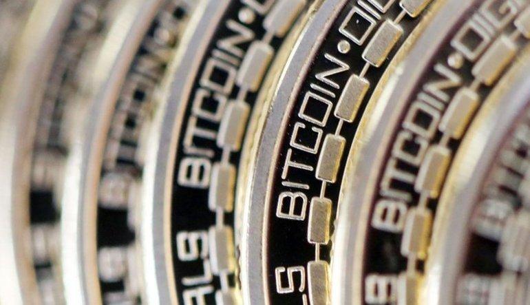 Bitcoin 1 günde 2000 dolar yükseldi