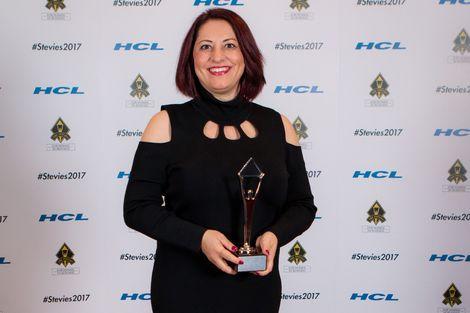 Stevie Awards'da yılın kadın girişimcisi ödülü Ayşegül Akşak'a