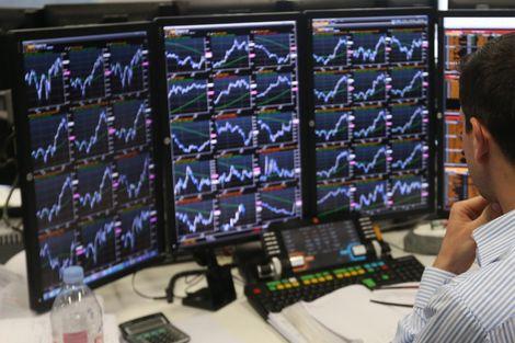 PİYASA TURU: Dolar Merkez'le 3,89'u aştı