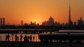 Dubai'den altına hücum