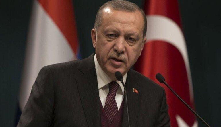 Erdoğan: Afrin'i başlarına yıkarız