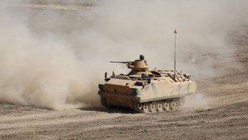 Tanklar Suriye sınırında