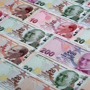 TÜKETİCİ KREDİLERİNDE BANKALARIN 'TAKATİ' TÜKENİYOR