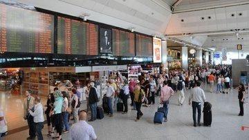 İstanbul'dan 1 ayda 8 milyon yolcu uçtu
