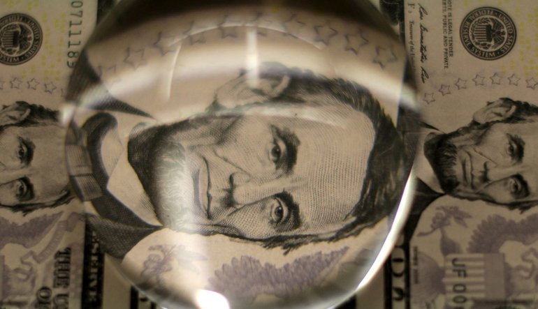 ABD verisi doları yukarı çekti