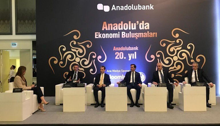 Anadolubank Anadolu'da Ekonomi Buluşmaları'nın son durağı Sakarya oldu