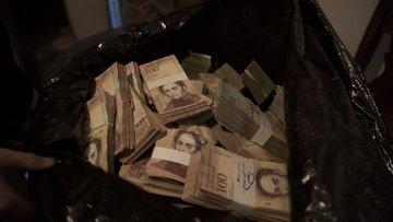 Bu kasaba kendi banknotunu bastı