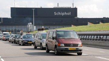 Amsterdam'ın havalimanını iki Türk şirket genişletecek