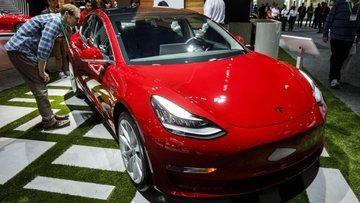Tesla çalışanları 7 gün 24 saat çalışacak