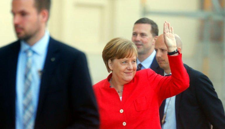 Merkel, bankalar birliği için iyimser