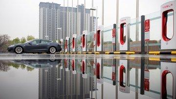 Tesla kaç araç üretti, kaçını teslim etti?