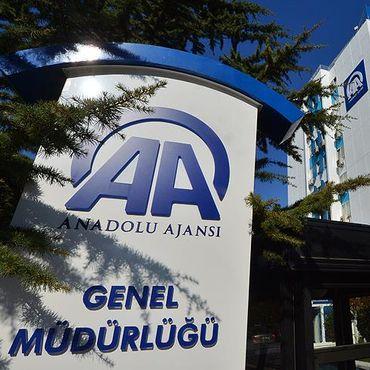 Anadolu Ajansı ile ilgili tartışmaya Gül de katıldı