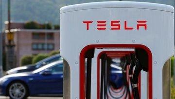 Panasonic'ten Tesla açıklaması