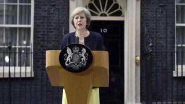 İngiltere'de erken seçim resti
