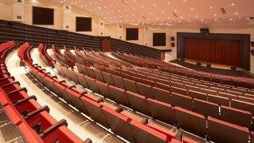 Mars Sinemaları'nı alan Güney Koreli, Beşiktaş Kültür Merkezi'ne talip