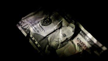 Trump'tan 'güçlü dolar' çıkışı