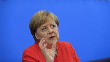Merkel'den ABD'ye karşı sert sözler