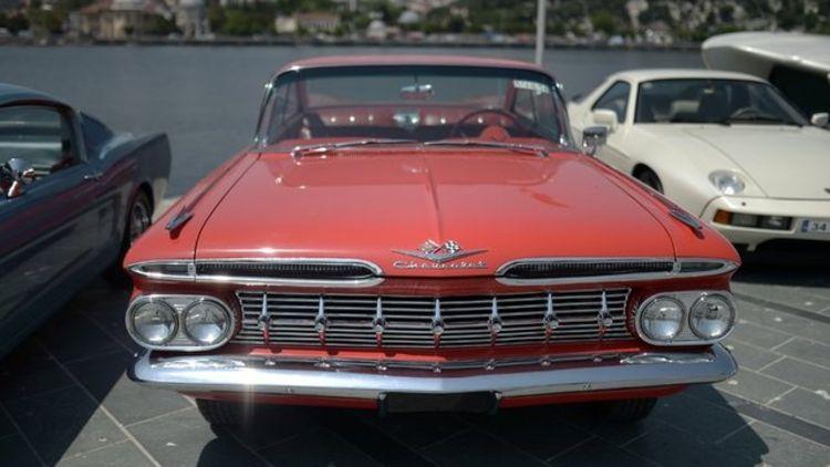 Klasik otomobiller güzellik ve zerafet için yarışıyor