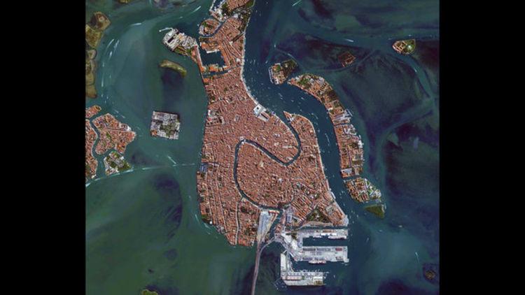 Bu şehirleri uzaydan tanıyabilecek misiniz?