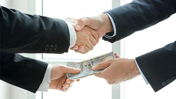 12 sektörün üst düzey yöneticileri ne kadar kazanıyor?